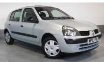 rent a car Crna Gora Renault Clio