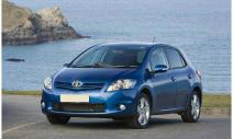 rent a car Crna Gora Toyota Auris