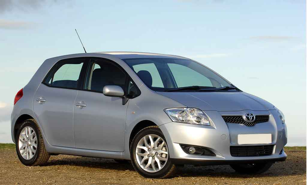 Toyota Auris  - rent a car Crna Gora